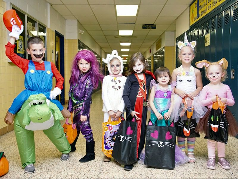 Toms River North Thespian Troupe Hosts Safe Halloween for