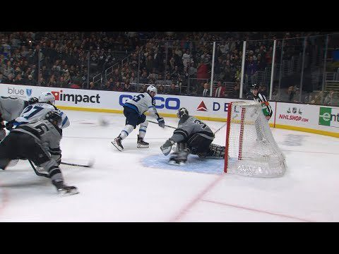 Campbell's last-second stop on Scheifele saves Kings
